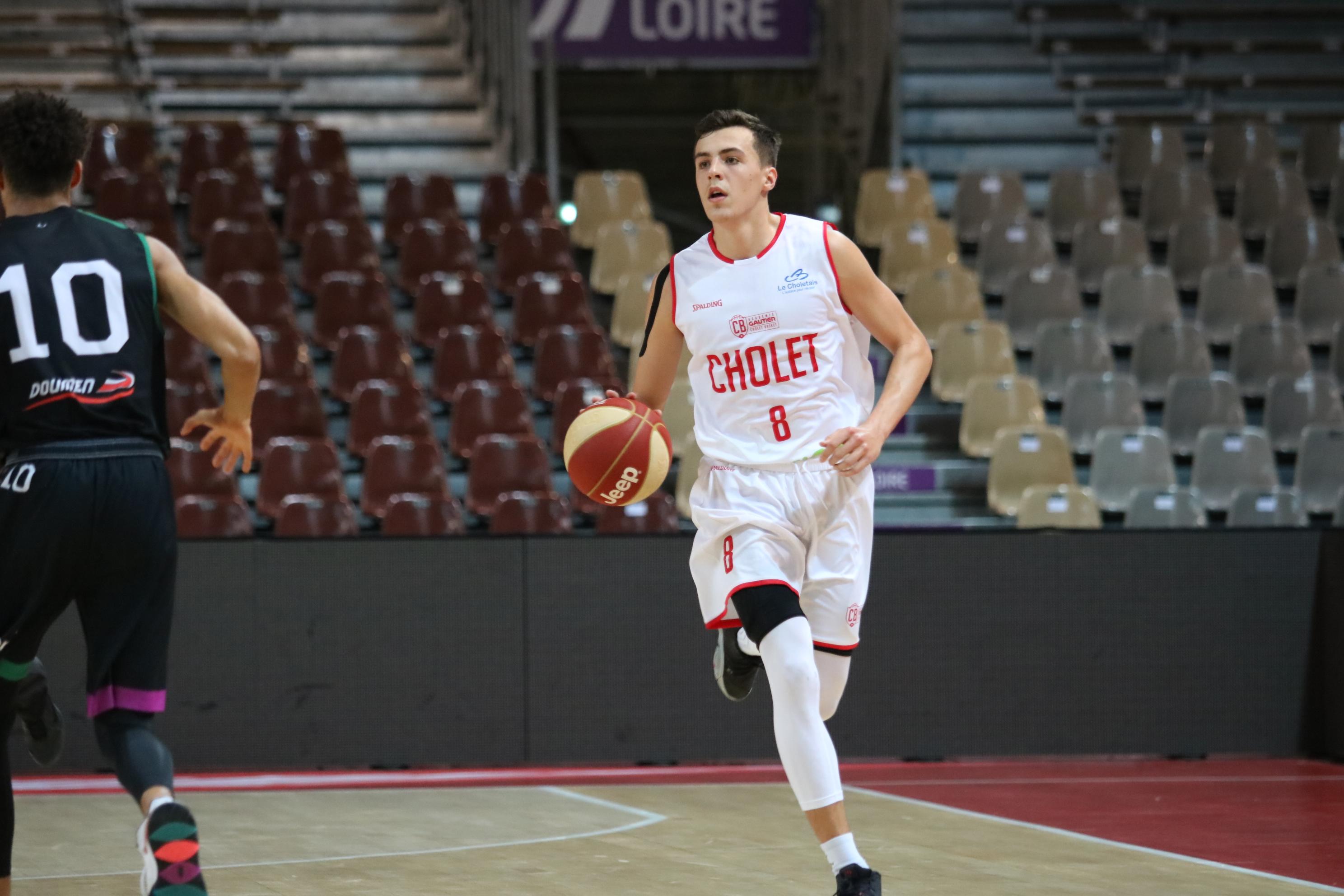 Hugo ROBINEAU se présente en vidéo | Cholet Basket