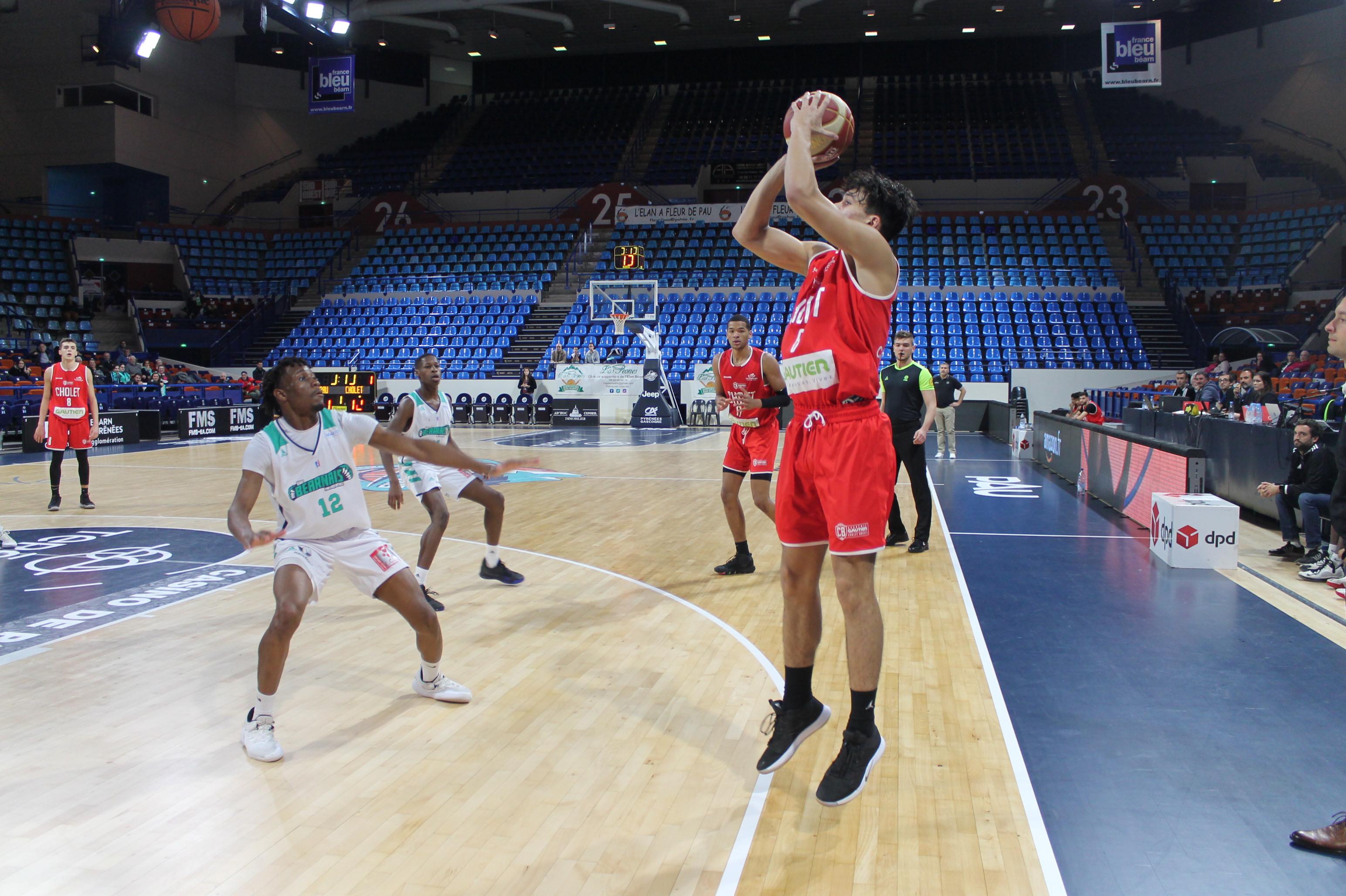Calendrier Elan Bearnais.Au Bout Du Suspense Cholet Basket Triomphe De L Elan