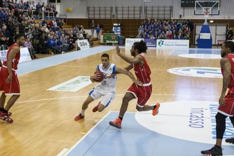 Leiden/Cholet Basket 11/12/2013