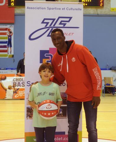Pape Sy, Parrain du Cholet Mondial Basket, présent pour le lancement de la communication